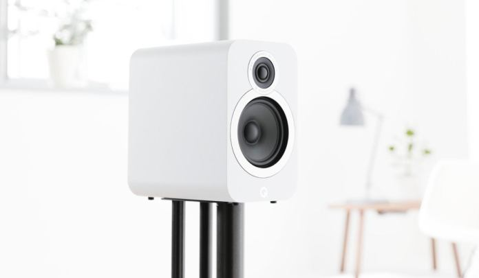 The 3010i compact speaker.