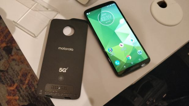 qualcomm snapdragon tech summit  moto z3