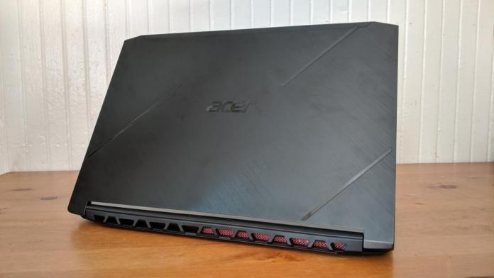 Acer Nitro 7 (AN715-51-752B)