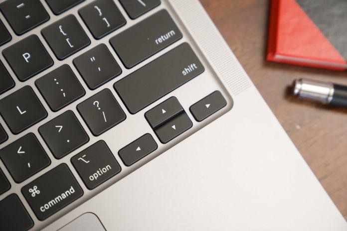 macbook air 2020 arrow keys