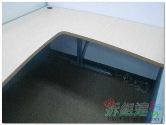 辦公家具-造型桌腳