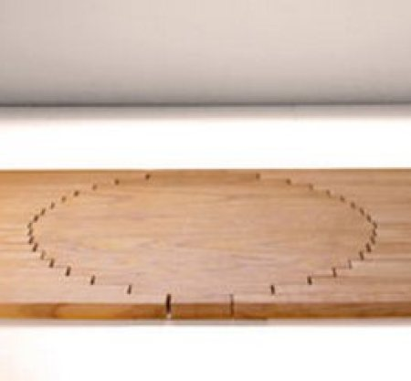 RISING SIDE TABLE