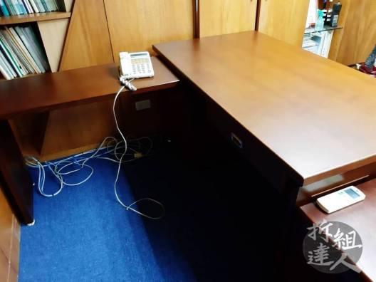 辦公室更換地毯