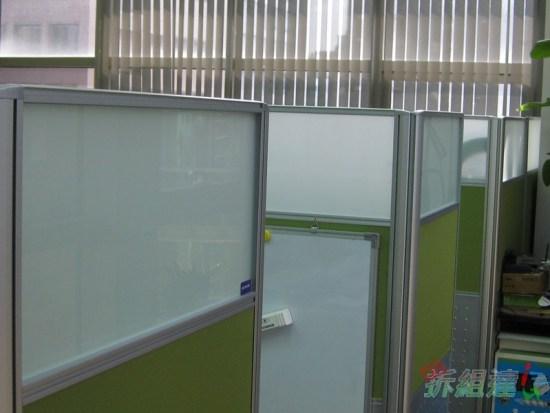 辦公屏風掛白板