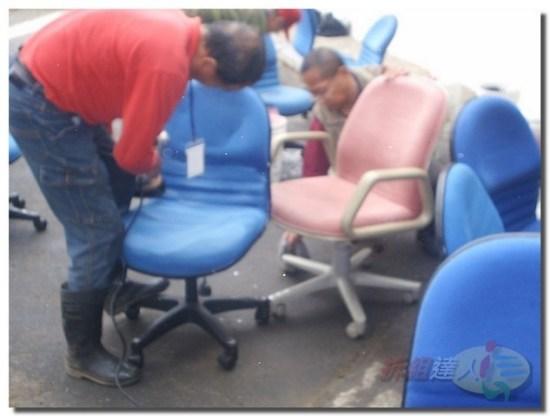 辦公家具-清洗辦公椅