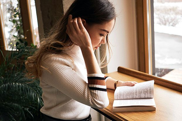 Can reading make you happier? Learn how to find yourself in a good book - Calm Moment