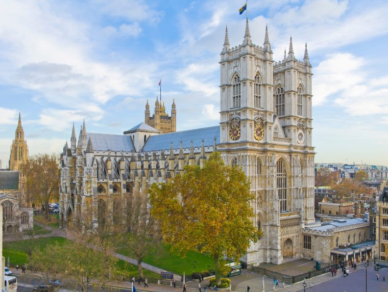 A Brief History Of Westminster Abbey & Its Royal Connections ...