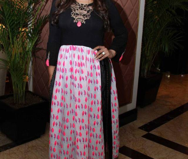 Raveena Tandon Who Also Attended A Channel Launch Looked Pretty In A Black And Pink Desi Creation Source Varinder Chawla
