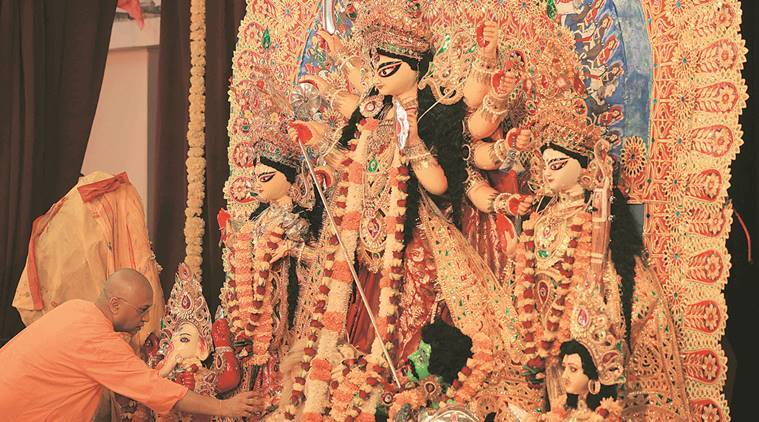 Calcutta HC extends stay on govt's Rs 10k Durga Puja grants, bench to hear plea on 'maintainability' of petition today
