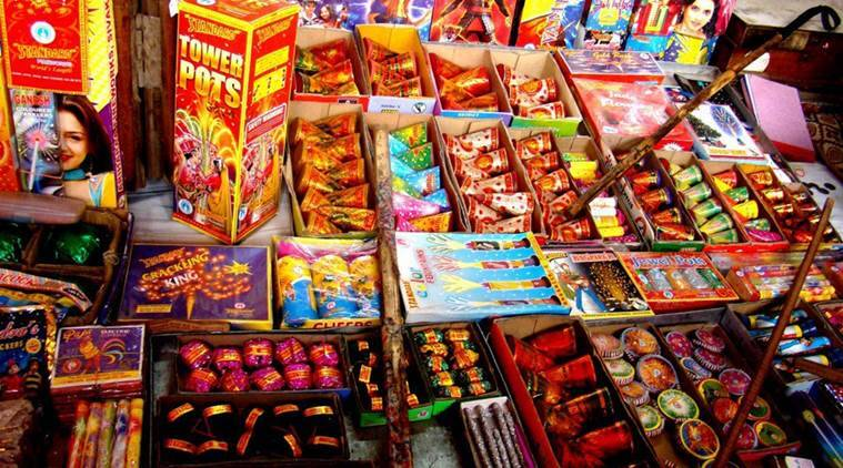firecracker sale, delhi firecracker ban, supreme court firecracker verdict, patakhe sale in delhi, indian express