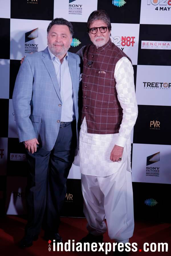 amitabh bachchan and rishi kapoor at 102 Not Out event