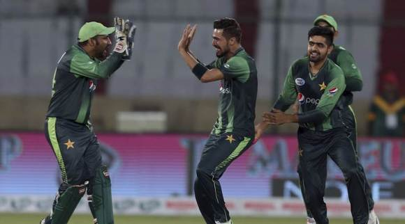 Pakistan vs West Indies Live cricket score Live streaming, 2nd T20I: West Indies collapsing to yet another defeat