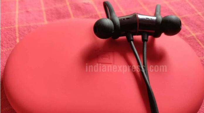 OnePlus, OnePlus Bullets wireless, OnePlus bullets wireless headphones, OnePlus Bullets V2, OnePlus 6, OnePlus Bullets wireless price in India, OnePlus Bullets wireless review, OnePlus Bullets wireless features, OnePlus Bullets wireless sale, OnePlus Bullets wireless specifications