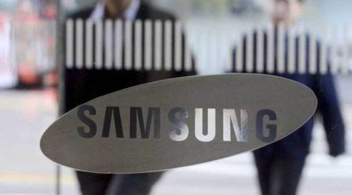 Samsung, Samsung biggest mobile factory, Samsung Noida factory, where is worlds biggets mobile factory, Samsung Galaxy series, PM Narendra Modi, Samsung Electronics, Moon Jae-in South Korea, Samsung smartphone business, electronics business