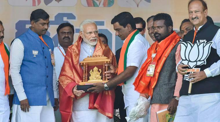 'Family-ruled' TRS and Congress playing 'friendly match' in Telangana: PM Modi