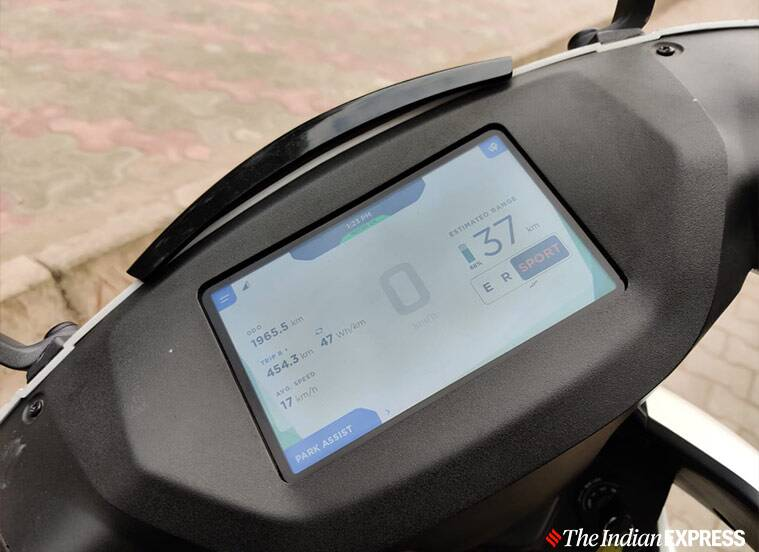 Ather 450, Ather 450 first ride, Ather 450 first impressions, Ather 450 review, Ather, Ather 450 electric scooter, Ather 450X