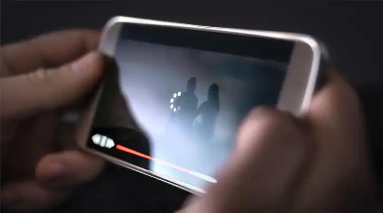 Coronavirus, COVID-19 streaming service, YouTube video quality, Hotstar video quality, Netflix streaming, Netflix reduces streaming, Coronavirus internet speeds