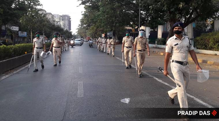 mumbai police 2 1 - Coronavirus LIVE Updates: Over 1,000 cases in a day, govt says lockdown helped
