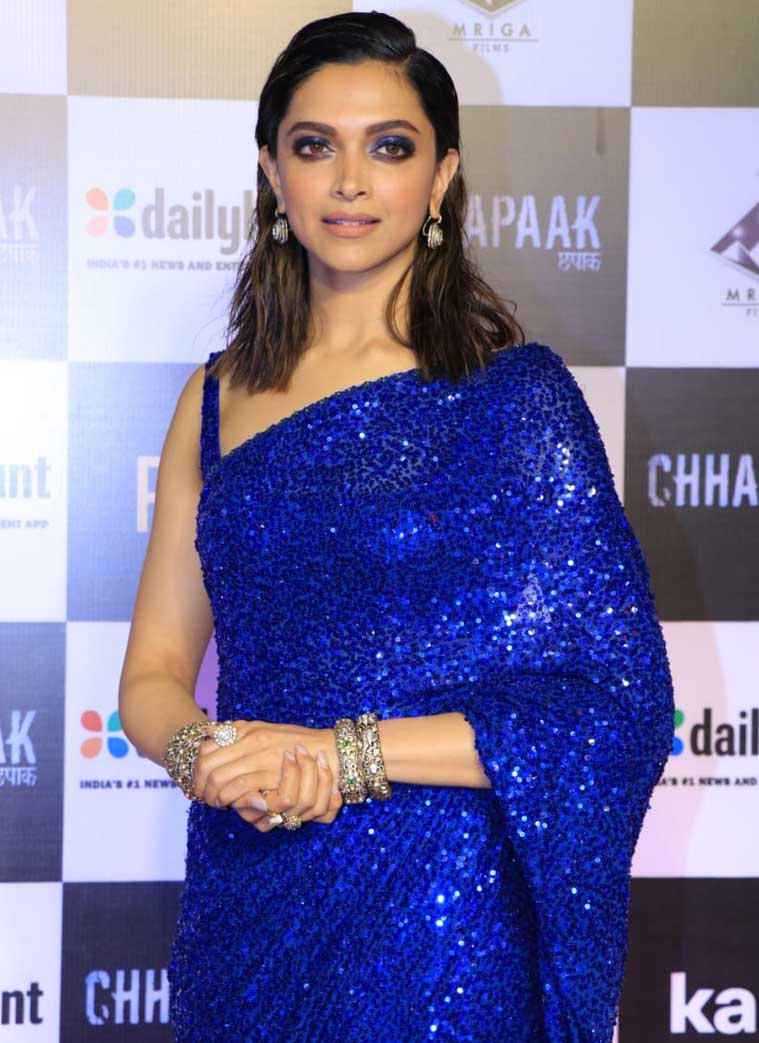 deepika 7 - Here are some pictures of celebrities in blue, to drive away your lockdown blues