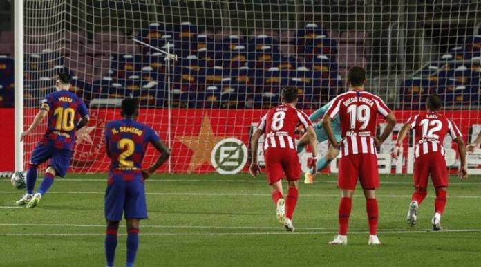 Lionel Messi, Messi's 700th goal, Barcelona vs Atletico, Spanish Legue, Lionel Messi scored his 700th career goal for club