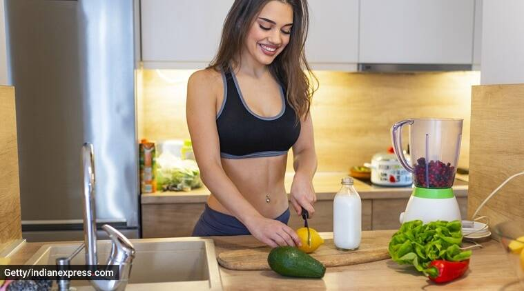 seasonal foods, monsoon ailments, monsoon, immunity, indianexpress, indianexpress.com, radhika karle, vitamin C foods,