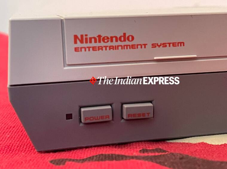 Apple Macintosh, Macintosh 1984, Nintendo Entertainment System, NES, Nintendo Game Boy, Atari, Sony Walkman, 80s gadgets, best of 1980s gadgets, Sony Trinitron TV, Casio Calculator watch