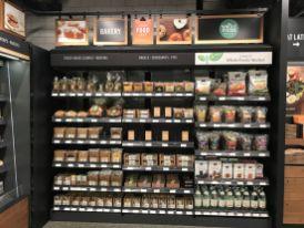 Amazon met en avant son offre Whole Foods. Gageons qu'ils développeront encore davantage les synergies.