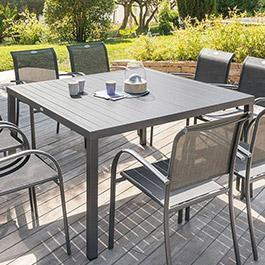 table salon de jardin chaise parasol