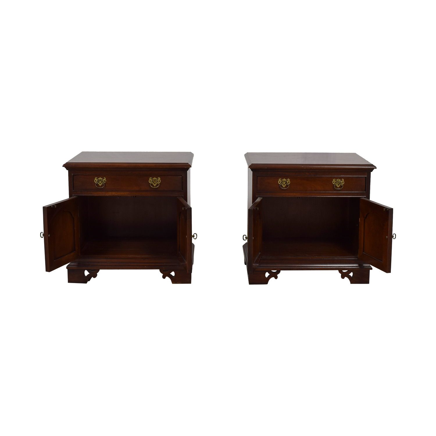 73 off thomasville thomasville cherry wood single drawer nightstands tables