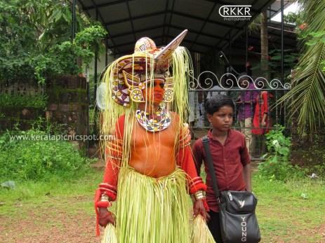 Mari Theyyam