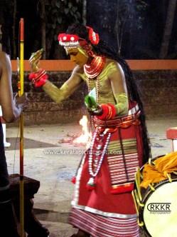 Memundanadu Vettakkorumakan Theyyam Vellattam