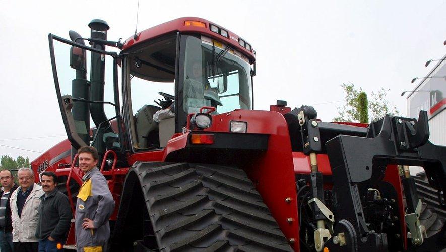 Le Plus Gros Tracteur Du Monde Pour 300 000 Ladepeche Fr