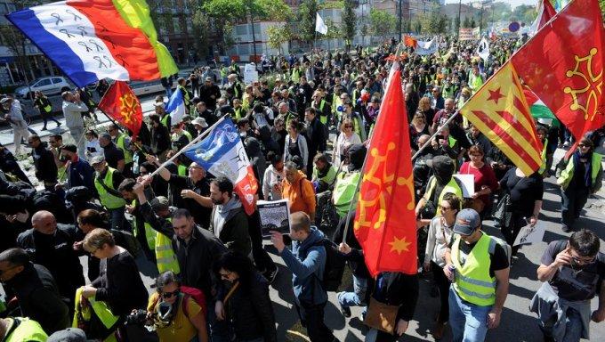 Les Gilets jaunes veulent défiler « contre les discriminations ».