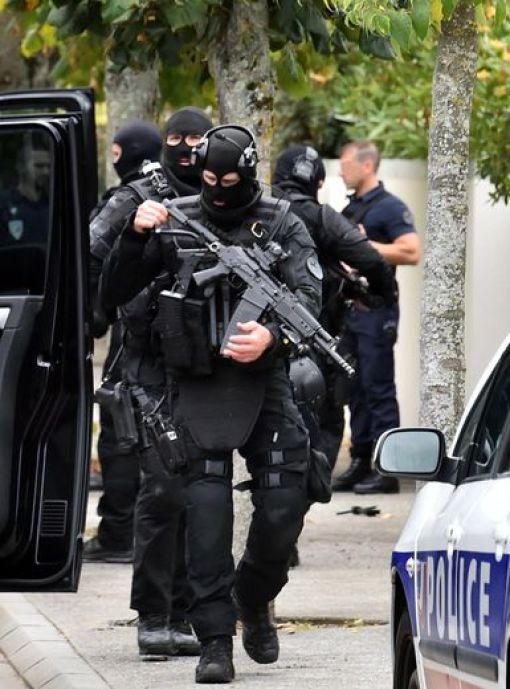 Les policiers du Raid ont interpellé le suspect mardi matin.