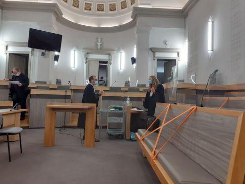 En défense du propriétaire du terrain, Me Hadrien Saez avait demandé un renvoi qu'il lui a été refusé par le tribunal