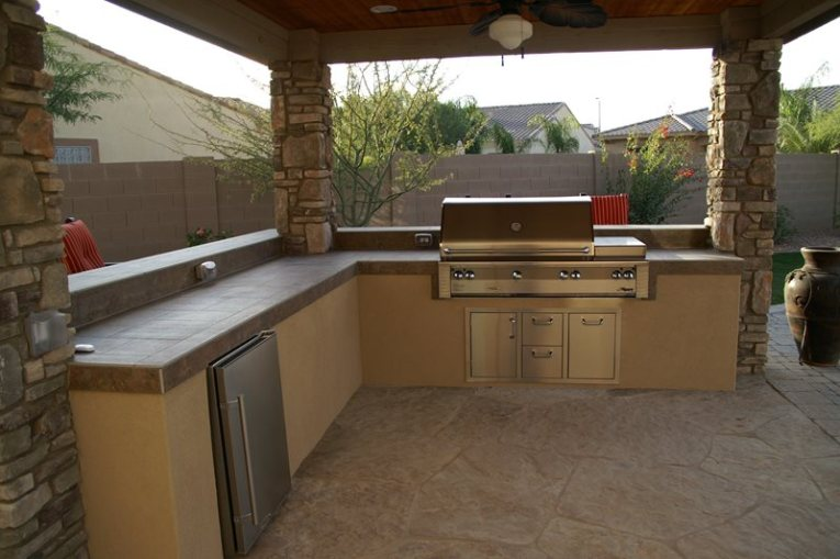 Outdoor Kitchen Pictures   Gallery   Landscaping Network Outdoor Kitchen Pergola Outdoor Kitchen Alexon Design Group Gilbert  AZ