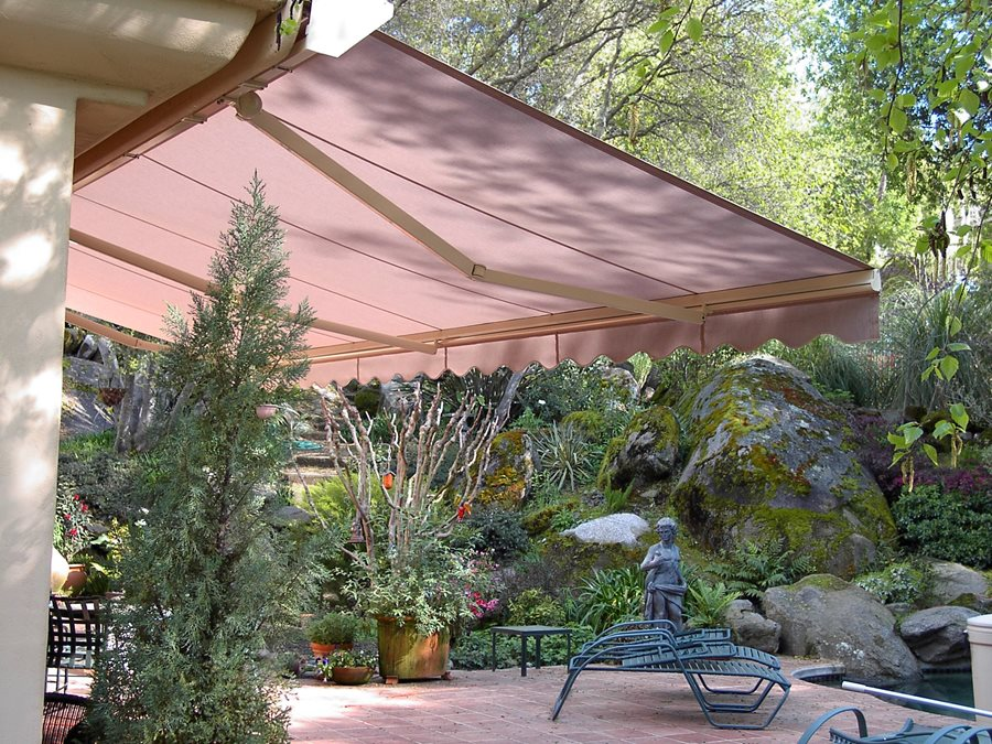 retractable shade awnings landscaping