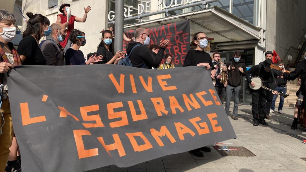 https www lanouvellerepublique fr poitiers poitiers intermittents et precaires ont manifeste de pole emploi jusqu a la drac