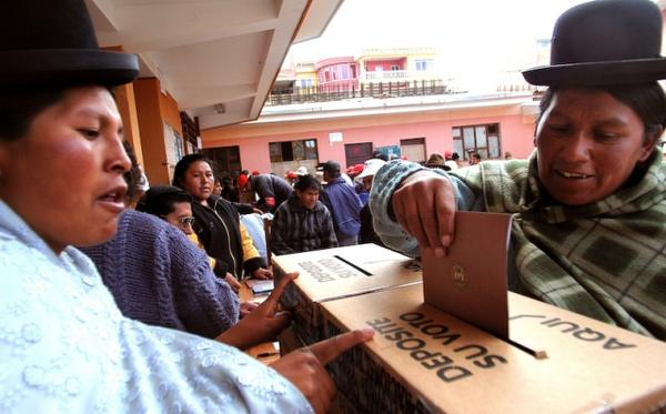 https://i2.wp.com/images.latinpost.com/data/images/full/23336/bolivia-votes-for-a-new-president.jpg