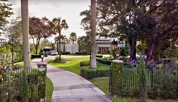 Miami Mansion Trades For 1 1 Million Daily Business Review