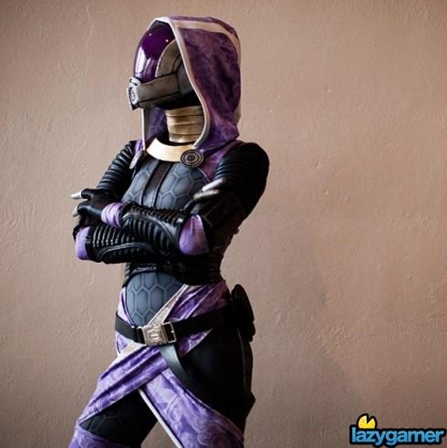 Jennifer-Barclay-TaliZorah-Vas-Morandy-Mass-Effect-cosplay-Joseph-Chi-Lin(pp_w718_h478)