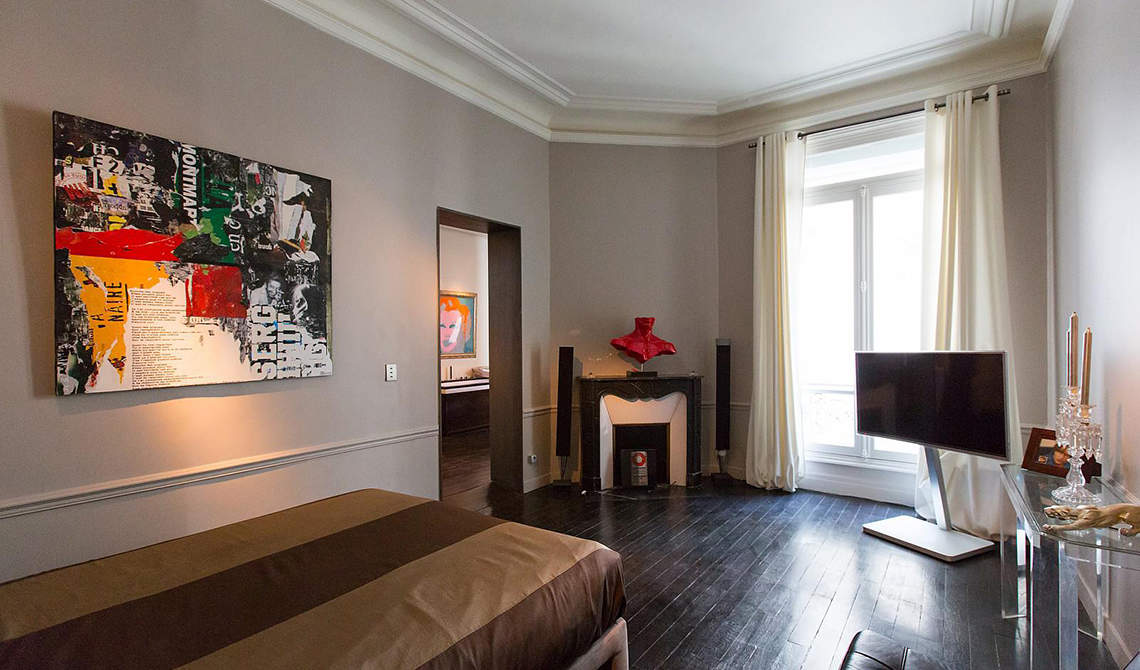 Apartment for sale in Golden Triangle, the 8th arrondissement of Paris - 4