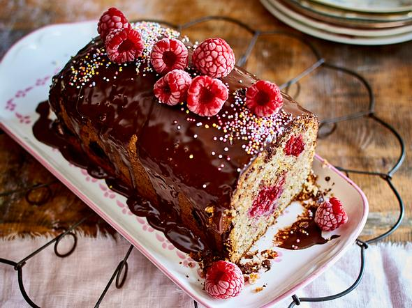 Formtorte 2 Geburtstag Peppa Wutz The Big Sweet Cakery