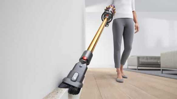 Dyson V11 Absolute Pro review: As premium as a vacuum cleaner gets