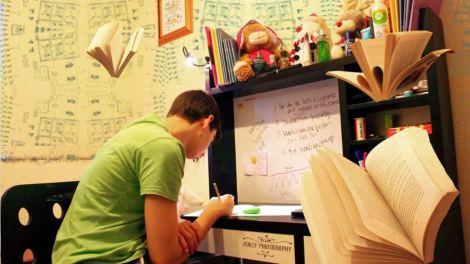 studente affronta esami di stato