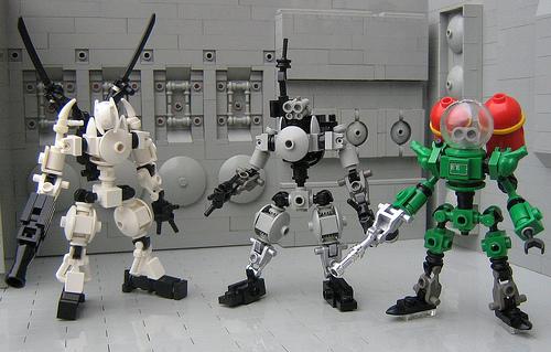3_lego_robots_legoloverman1