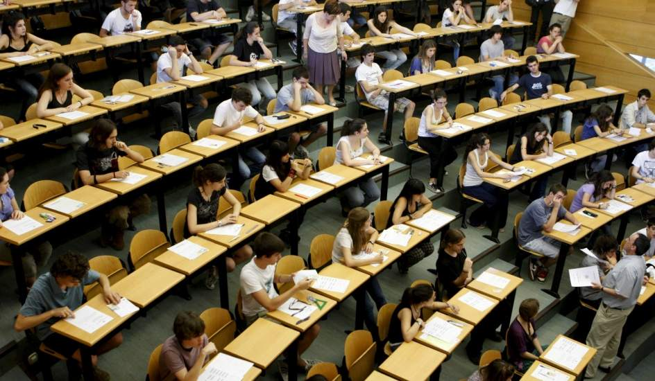 Risultati immagini per aula università