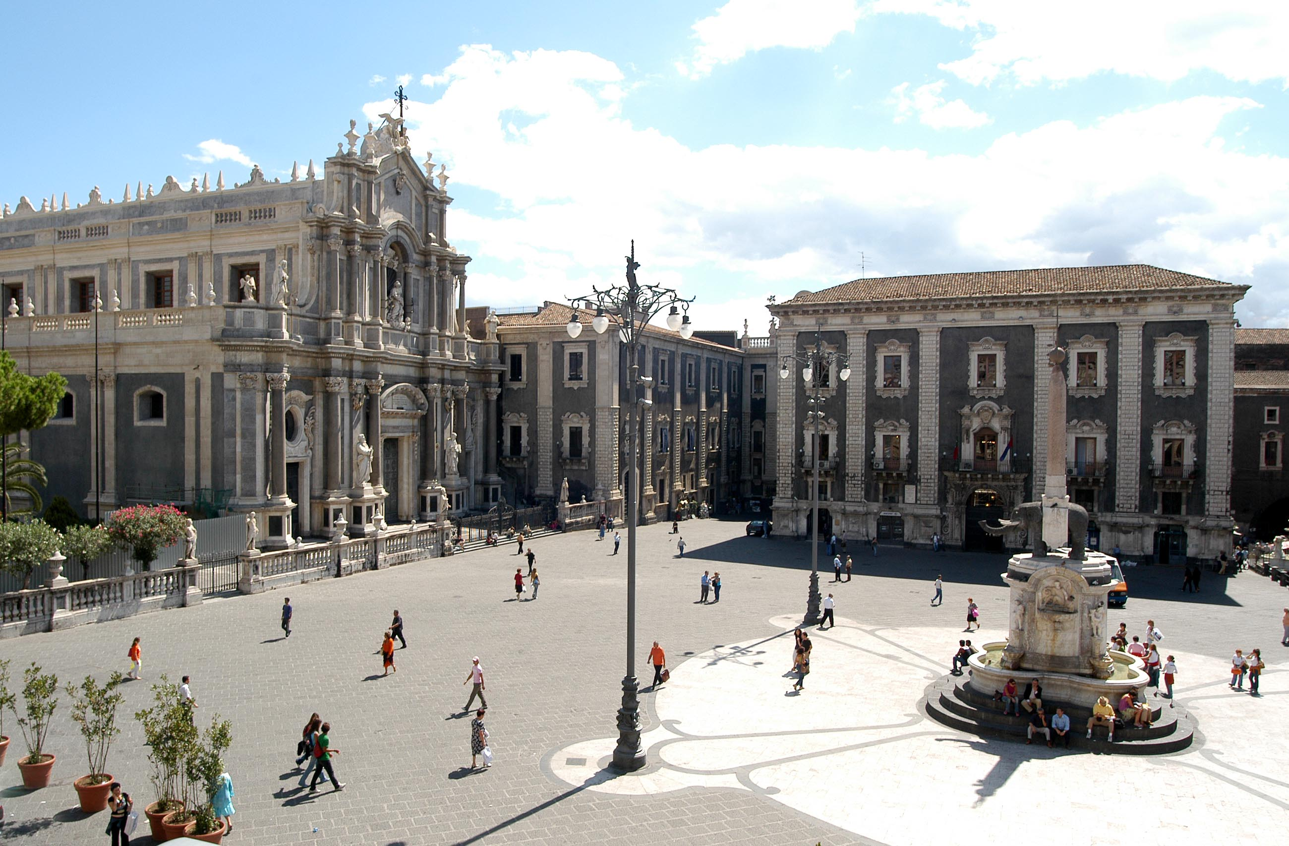 Meteo Catania, weekend tra sole e nuvole: le previsioni del tempo