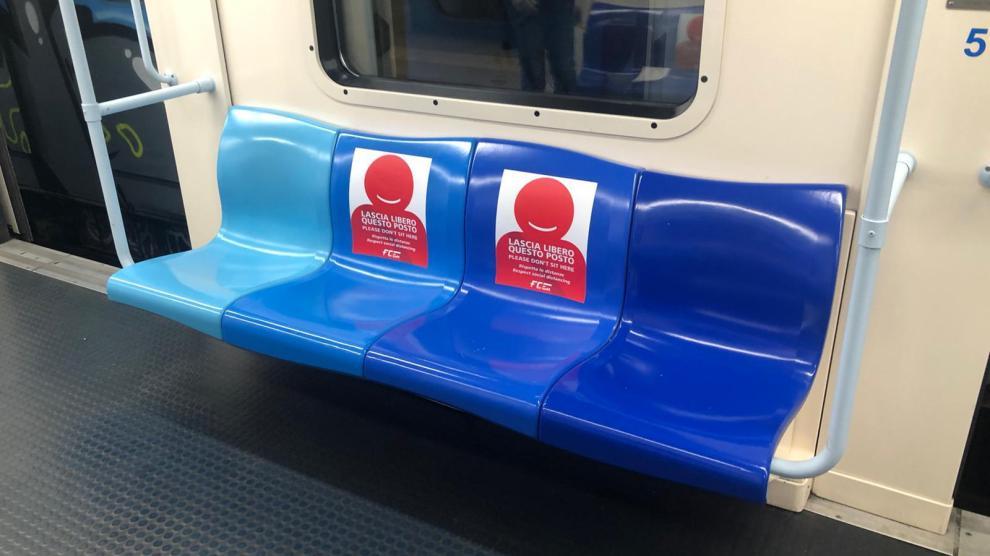 Misure di distanziamento per la metro a Catania
