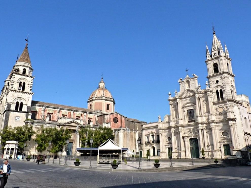 foto piazza Duomo Acireale